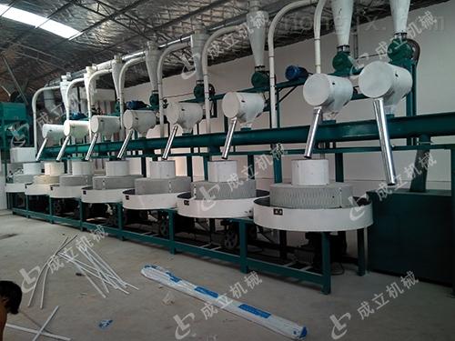 河南zui好的石磨面粉机厂家报价粮食加工机械