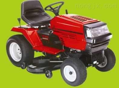 草坪车CTH171、富世华坐骑式草坪车