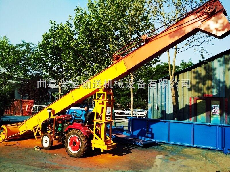 刮板式裝運機,機動車載形式鏟運機