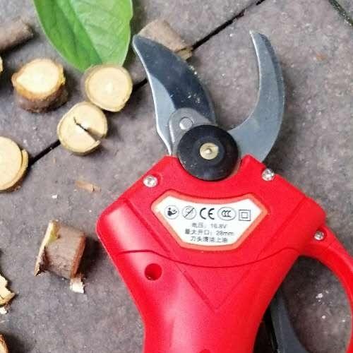 果园2.5公分电动修剪机