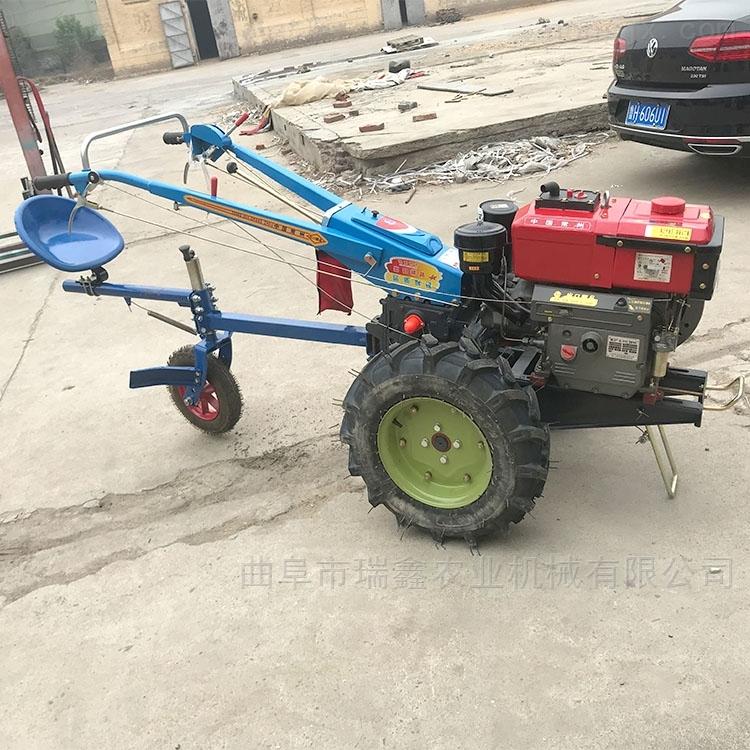 12匹手扶拖拉机耕田机
