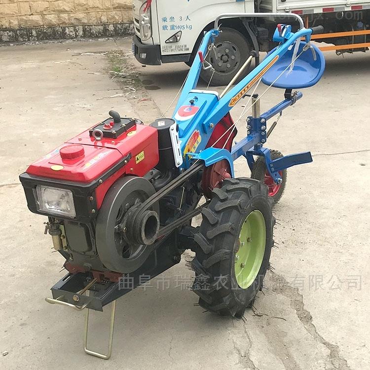 手扶式耕地拖拉机