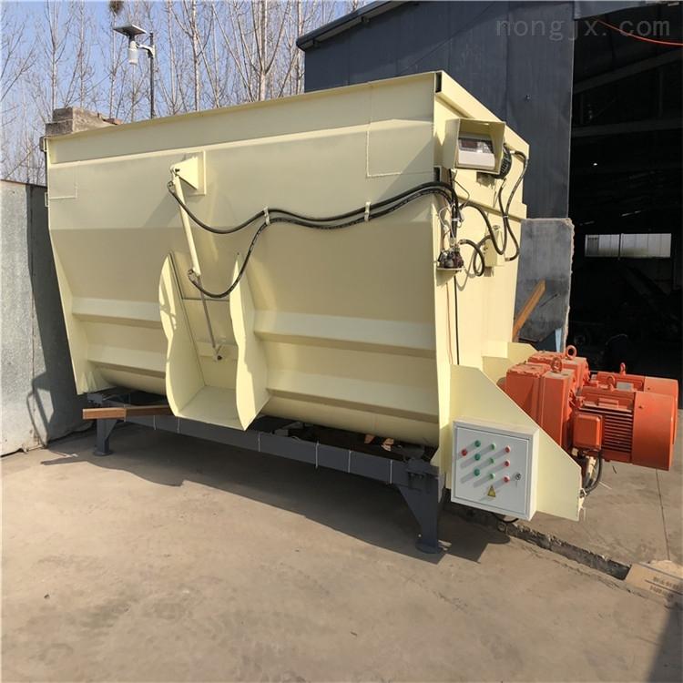 大型卧式TMR搅拌机 养牛场用的拌草机