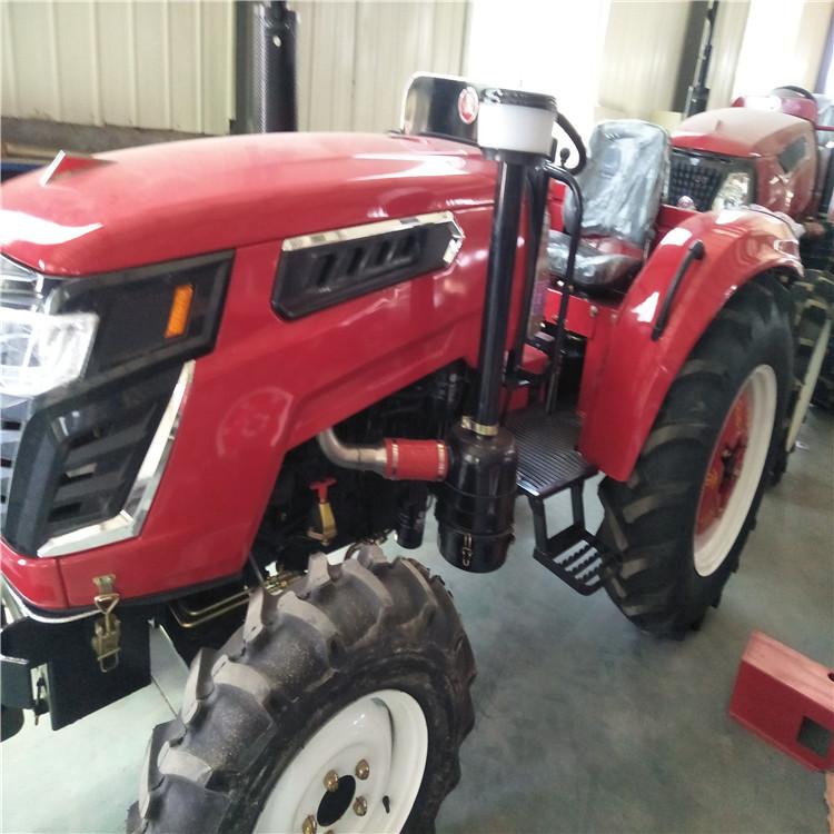 大马力轮式拖拉机 四轮四驱拖拉机 多缸拖拉机 转向系型式:液压助力图片